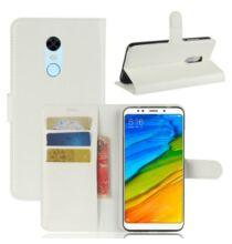 Xiaomi Redmi 5 Plus Litchi mintás csattos műbőr védőtok - Fehér